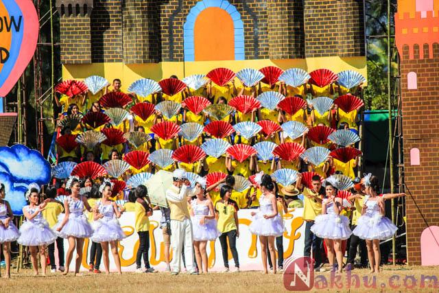 กีฬาสี นาคูพัฒนา 2555 สีเหลือง-29