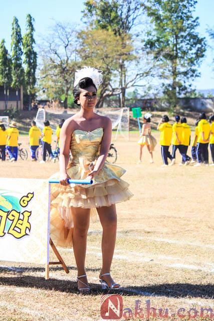 กีฬาสี นาคูพัฒนา 2555 สีเหลือง-8
